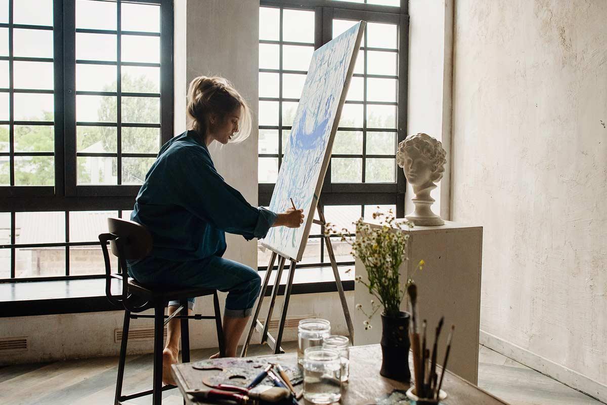 Um richtig zu visualisieren benötigst du Ruhe, Konzentration, Vertrauen in deine Ziele und eine Verknüpfung mit positiven Emotionen.